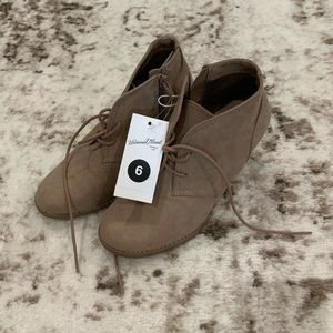 NWT Universal Thread Suede Tan Wedged Booties